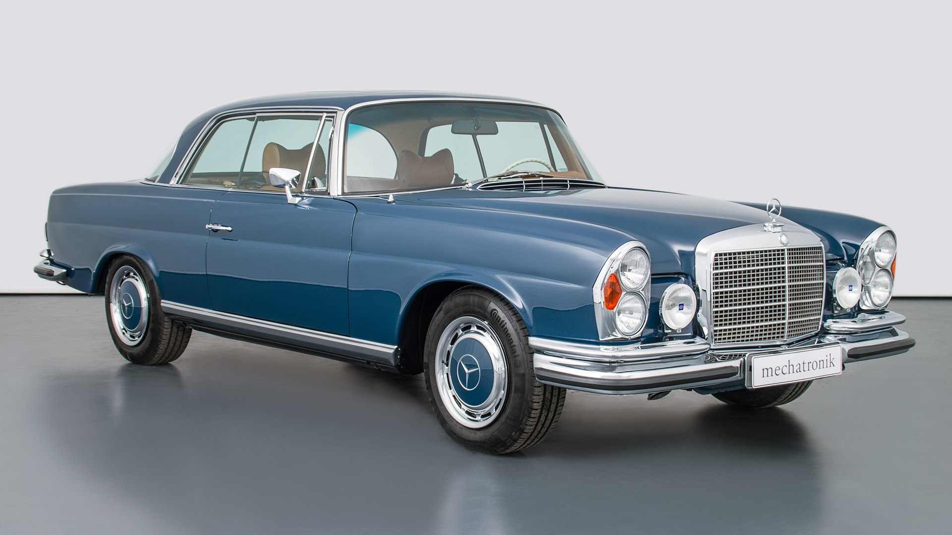Mercedes-Benz W111 M-Coupe 550