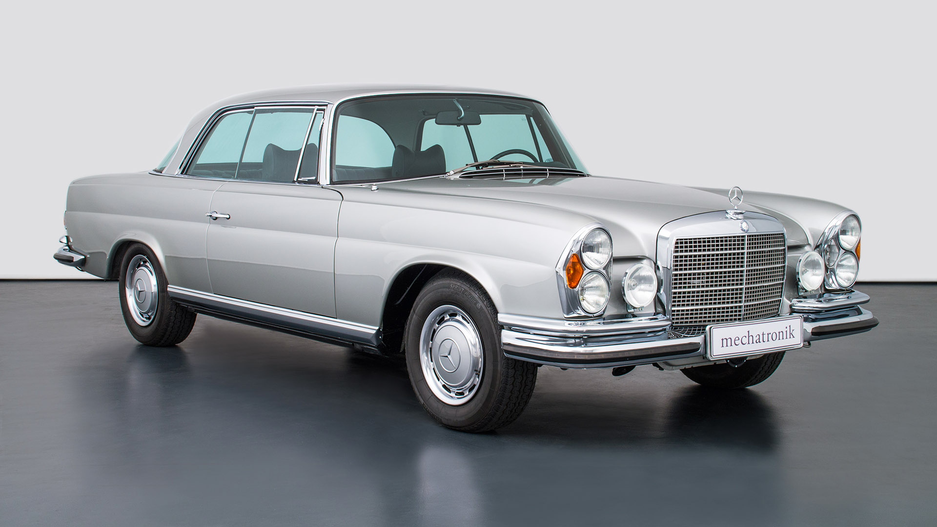 Mercedes-Benz W 111 280 SE 3.5 Coupé